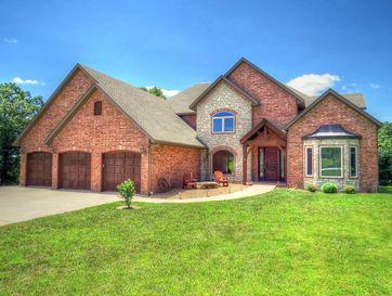 150 Woodland Hills Drive Walnut Shade, MO 65771 - Image 1