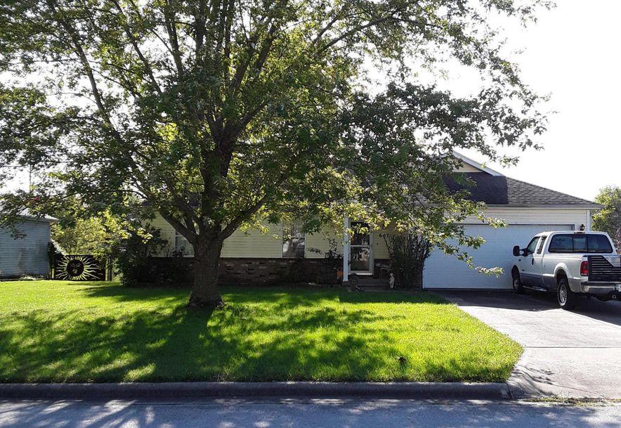 607 South Sunmeadow Drive Strafford, MO 65757 - Photo 2