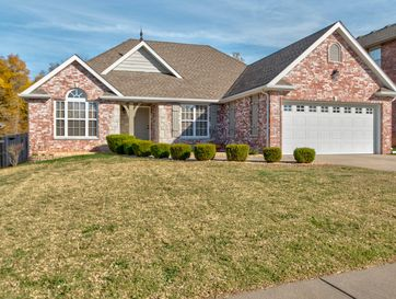 3215 West Melbourne Street Springfield, MO 65810 - Image 1
