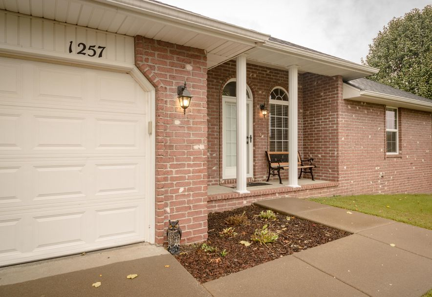 1257 Batson Place Nixa, MO 65714 - Photo 2