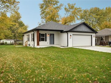 1841 North Old Orchard Avenue Springfield, MO 65803 - Image 1
