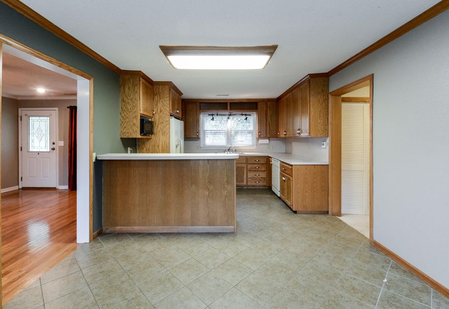 517 West Tracy Street Springfield, MO 65807 - Photo 7