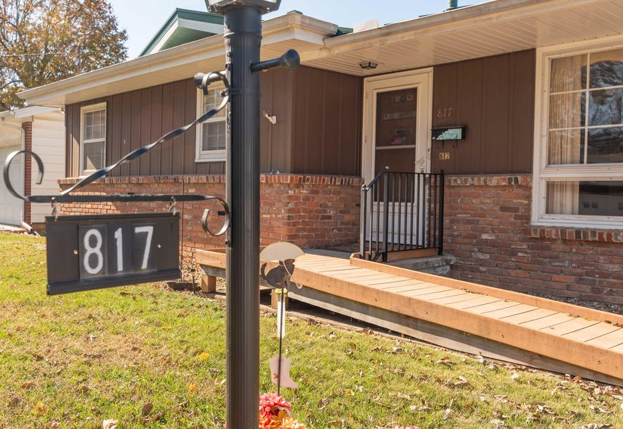 817 South Barnes Avenue Springfield, MO 65802 - Photo 1