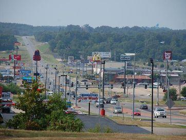 999 Preacher Roe Boulevard West Plains, MO 65775 - Image 1