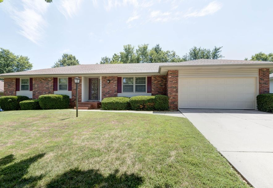 2794 West Vincent Street Springfield, MO 65810 - Photo 2