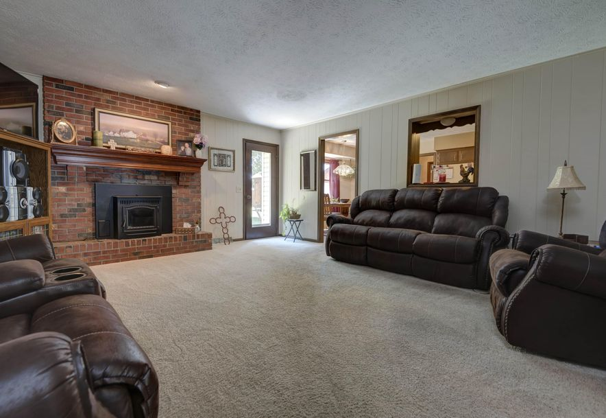 2794 West Vincent Street Springfield, MO 65810 - Photo 7