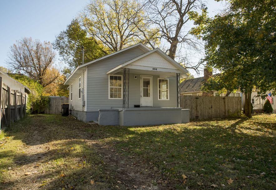 656 South Kickapoo Avenue Springfield, MO 65804 - Photo 1