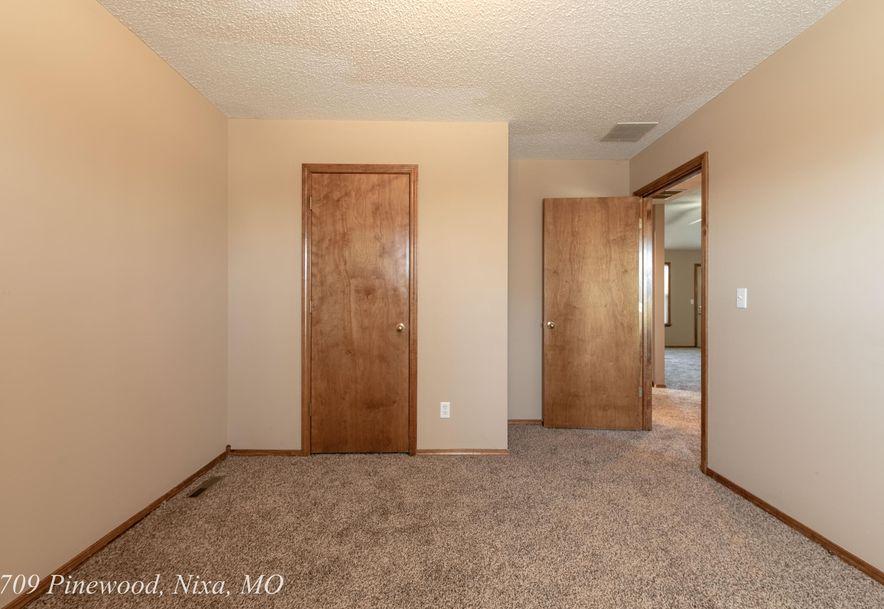 709 South Pinewood Lane Nixa, MO 65714 - Photo 23