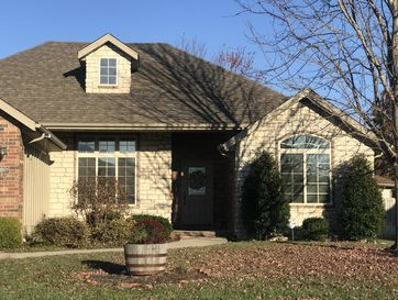 907 East Waterford Boulevard Ozark, MO 65721 - Image 1