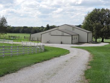 5635 North Farm Road 183 Springfield, MO 65803 - Image 1