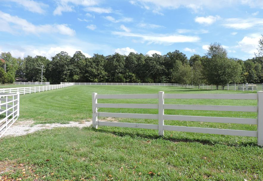 5635 North Farm Road 183 Springfield, MO 65803 - Photo 4