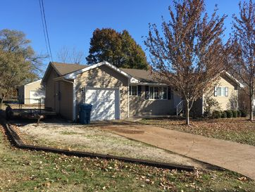 800 South Vine Street Stockton, MO 65785 - Image 1