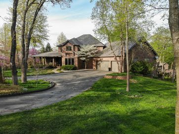 4801 South Butterfield Place Battlefield, MO 65619 - Image 1