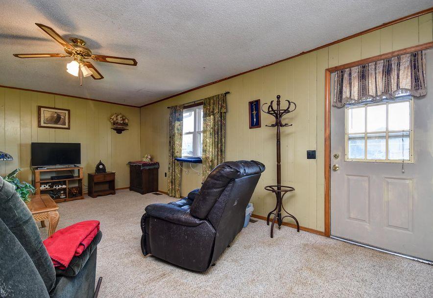 1011 West Thoroughfare Street Seymour, MO 65746 - Photo 5