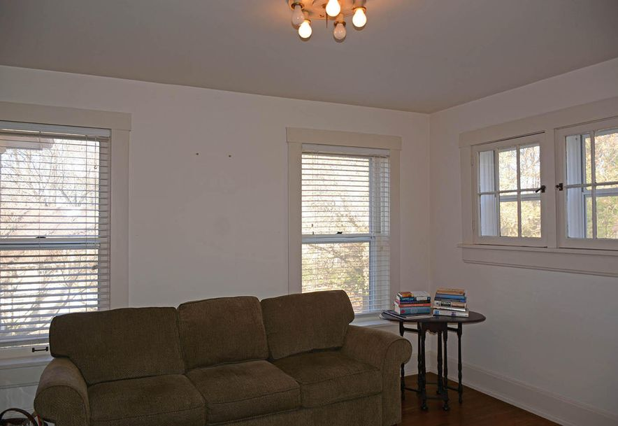1235 East Walnut Street Springfield, MO 65802 - Photo 32