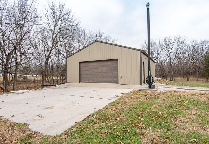 2287 Mount Carmel Road Clever, MO 65631 - Photo 4