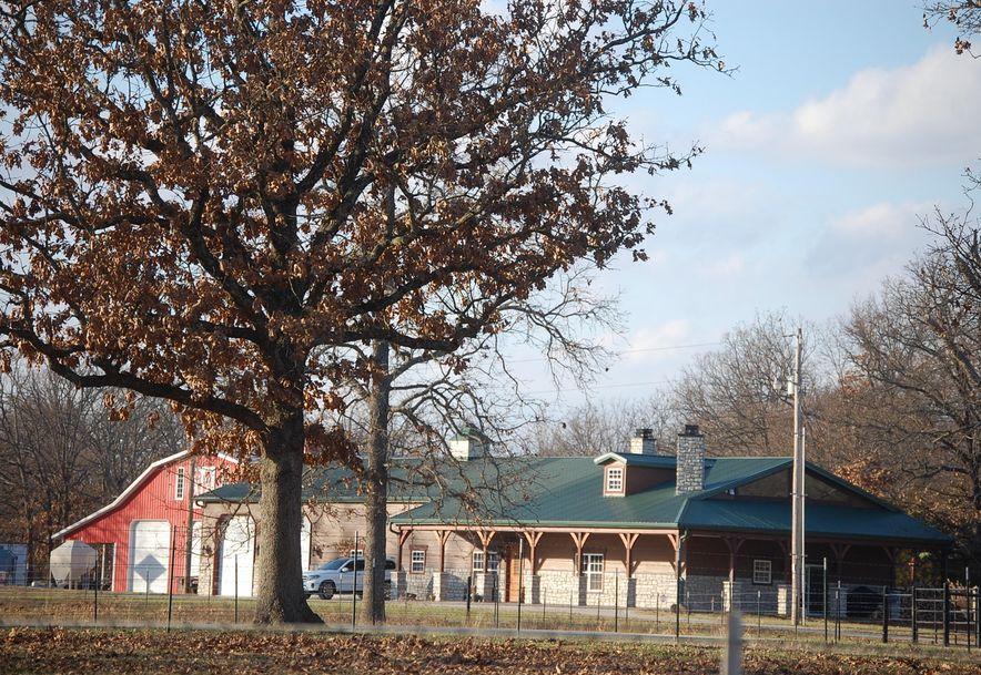 8258 Holly Road Neosho, MO 64850 - Photo 78