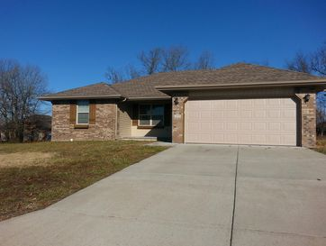 417 Bradford Pear Clever, MO 65631 - Image