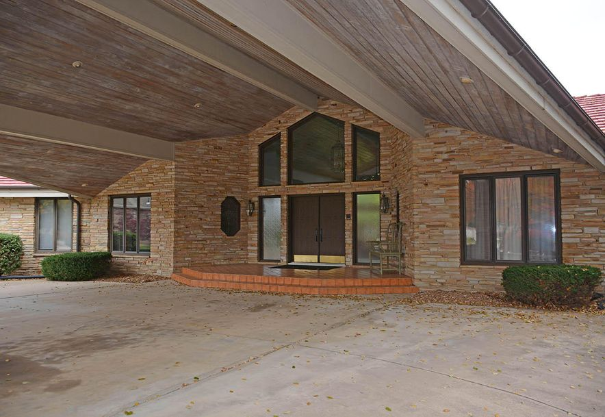 2521 East Meadow Drive Springfield, MO 65804 - Photo 4