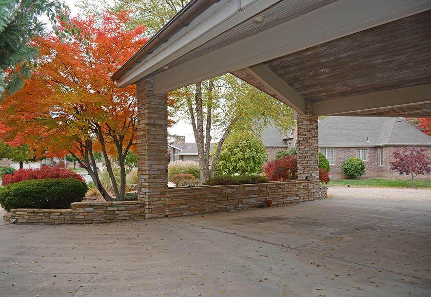 2521 East Meadow Drive Springfield, MO 65804 - Photo 6