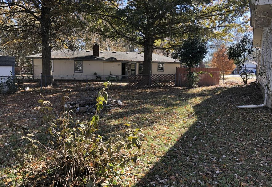 3015 West Hillcrest Circle Springfield, MO 65807 - Photo 20