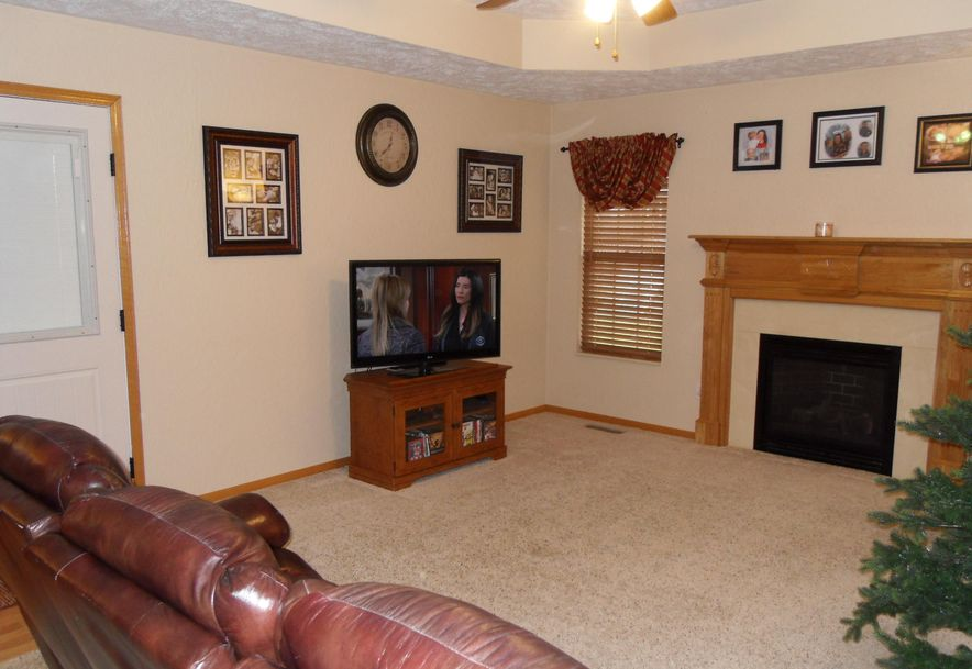 505 East Pine Street Willard, MO 65781 - Photo 16