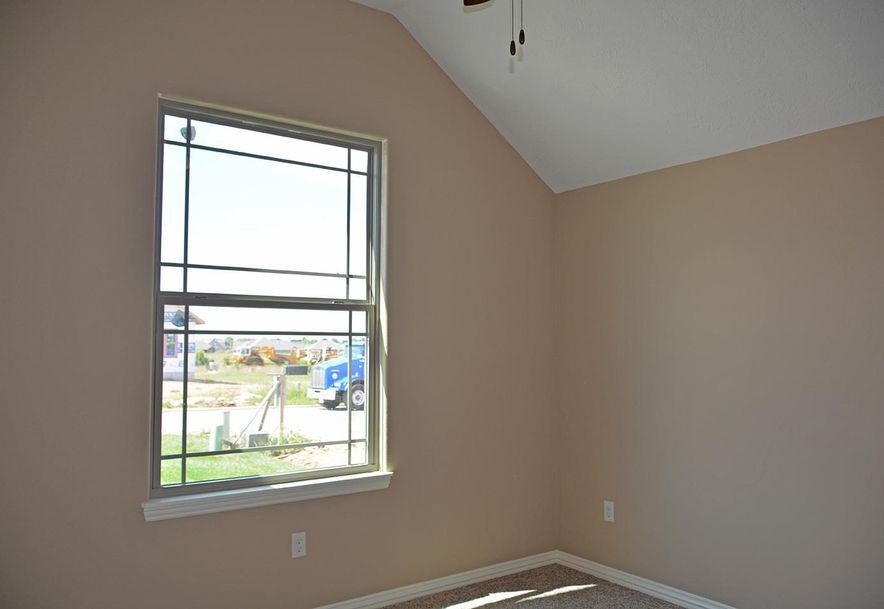 865 East Dyann Drive Nixa, MO 65714 - Photo 12