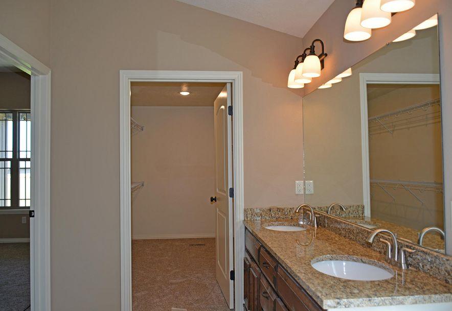865 East Dyann Drive Nixa, MO 65714 - Photo 9