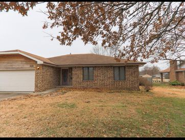 1030 West Tracy Street Springfield, MO 65807 - Image 1
