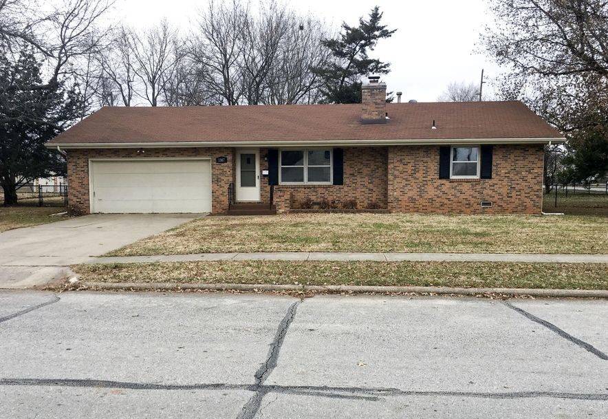 1307 West Berkeley Street Springfield, MO 65807 - Photo 2