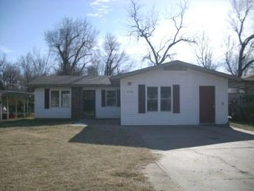 2638 West Chestnut Street Springfield, MO 65802 - Image 1