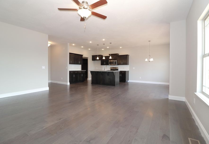 3441 South Suburban Avenue Lot 20 Springfield, MO 65807 - Photo 8
