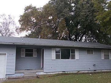 7119 Southeast Bobwhite Lane Riverton, KS 66770 - Image