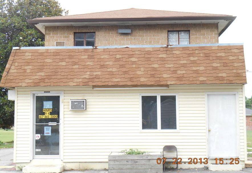301 West Mt Vernon Boulevard Mt Vernon, MO 65712 - Photo 4