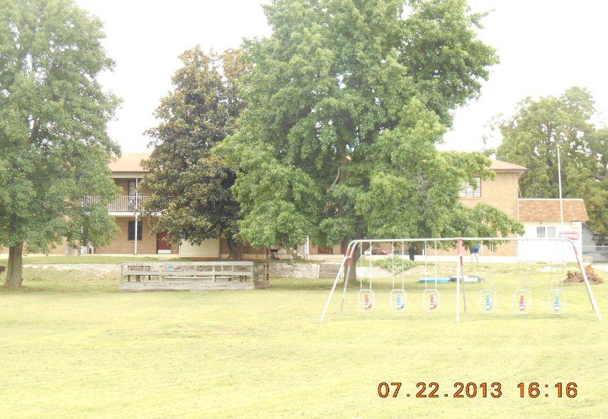 301 West Mt Vernon Boulevard Mt Vernon, MO 65712 - Photo 35