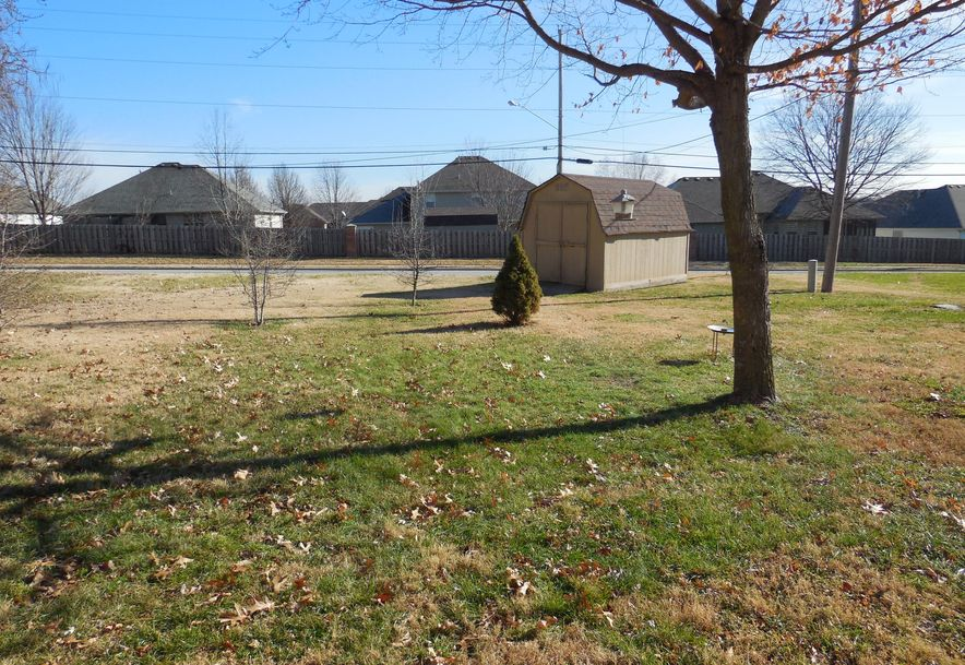 3630 North Olive Court Springfield, MO 65803 - Photo 20