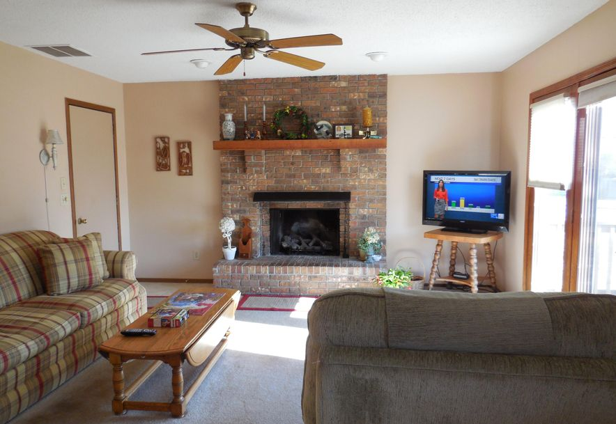 3630 North Olive Court Springfield, MO 65803 - Photo 8