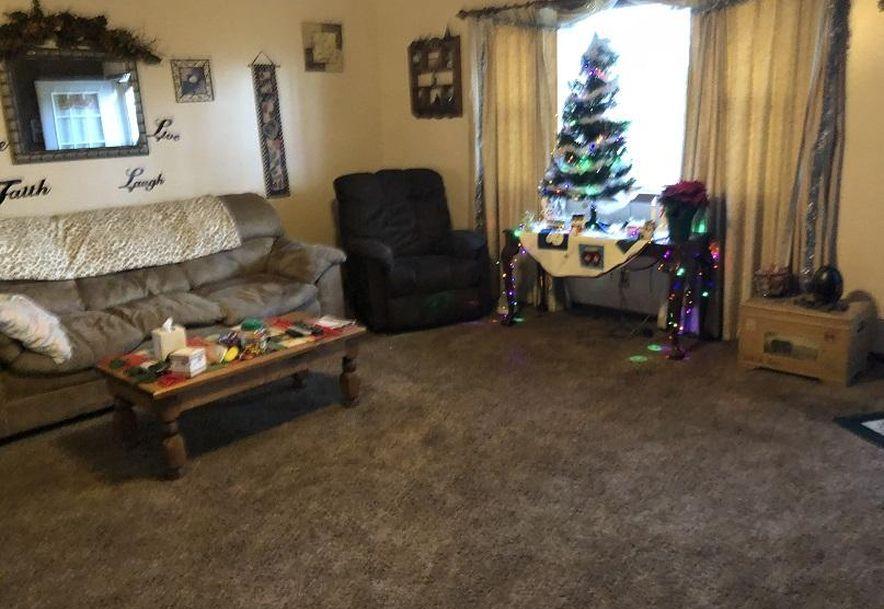 927 Looney Street Mt Vernon, MO 65712 - Photo 6