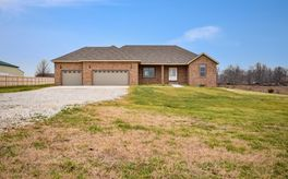 Photo Of 384 Lilac Lane Clever, MO 65631