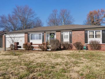 1225 East Sunset Court Springfield, MO 65804 - Image 1