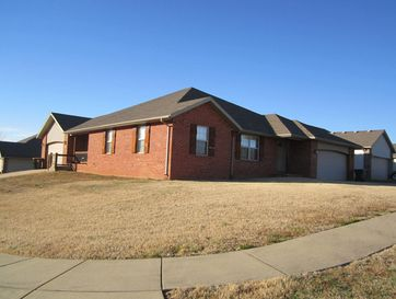 1981 South Bryson Circle Springfield, MO 65807 - Image 1