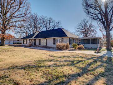 604 Plaza Drive Joplin, MO 64804 - Image 1