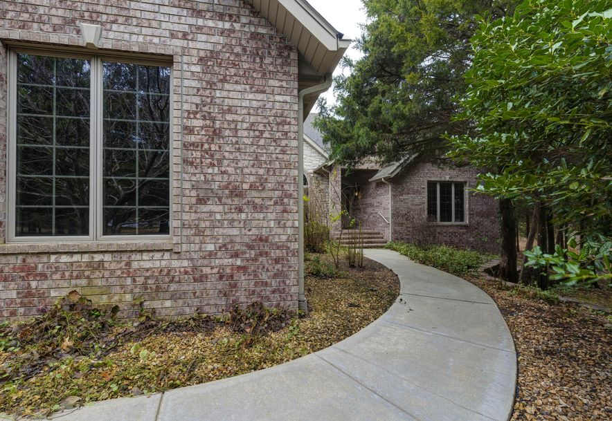 3261 South Thornridge Drive Springfield, MO 65809 - Photo 41
