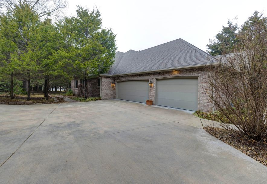 3261 South Thornridge Drive Springfield, MO 65809 - Photo 42