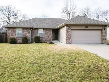 5801 South Geranium Lane Battlefield, MO 65619 - Image 1