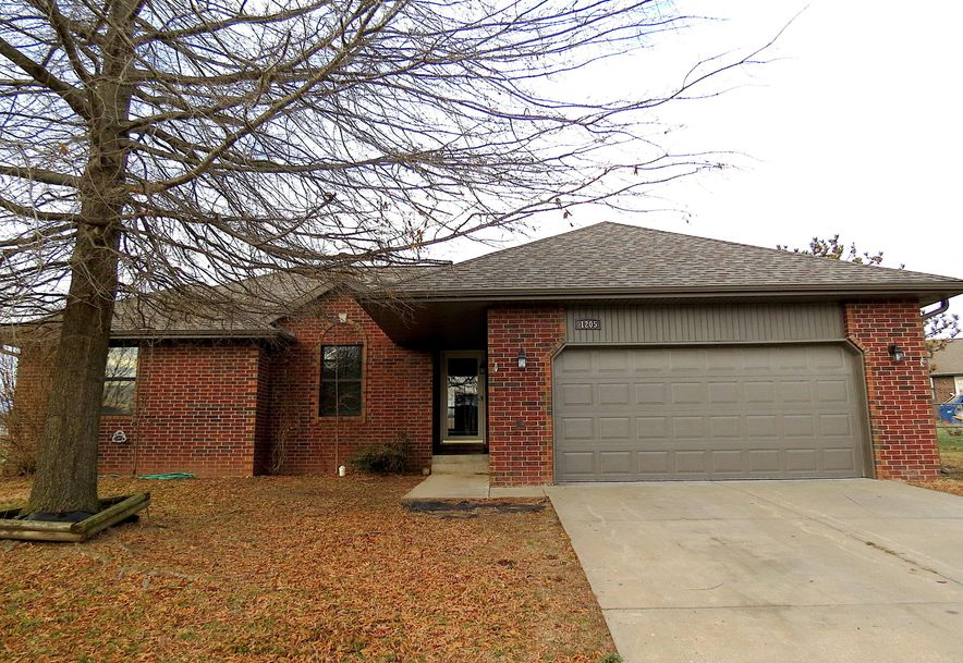 1205 West Sherwood Court Nixa, MO 65714 - Photo 2