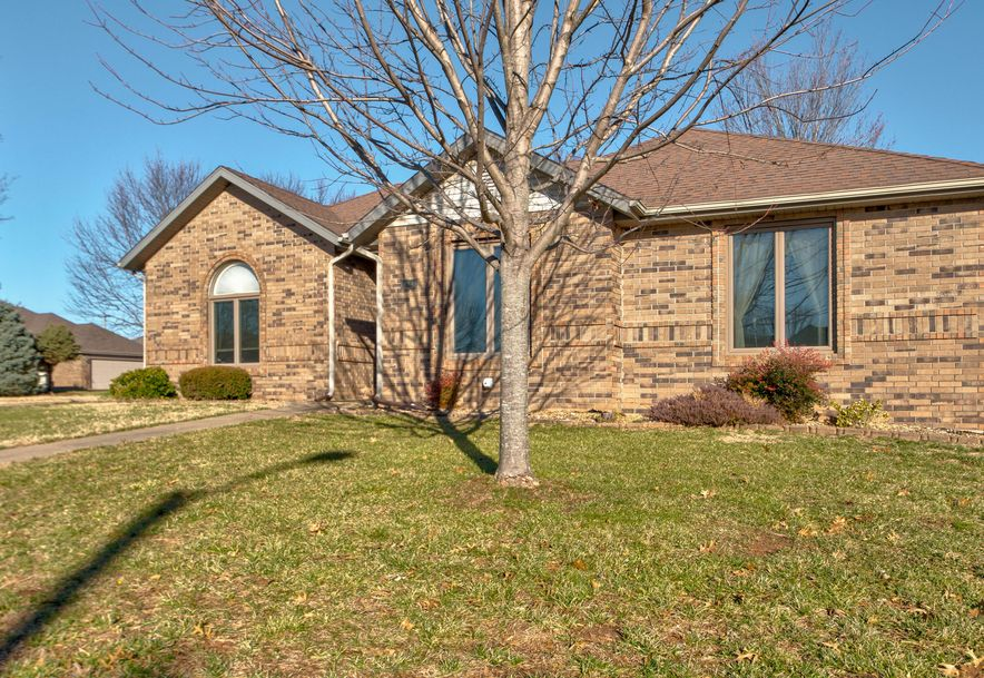 2473 South Nolting Avenue Springfield, MO 65807 - Photo 2
