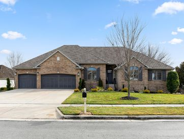 1404 North Fenchurch Lane Springfield, MO 65802 - Image 1