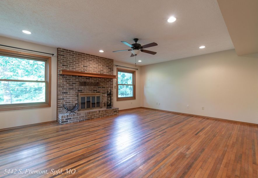 5442 South Fremont Avenue Springfield, MO 65804 - Photo 23