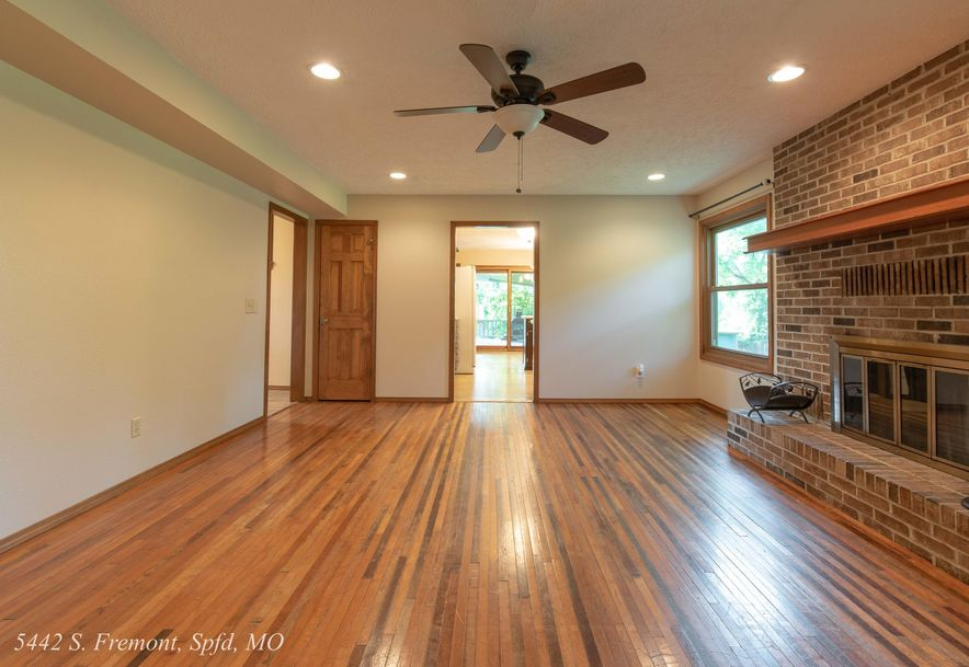 5442 South Fremont Avenue Springfield, MO 65804 - Photo 25